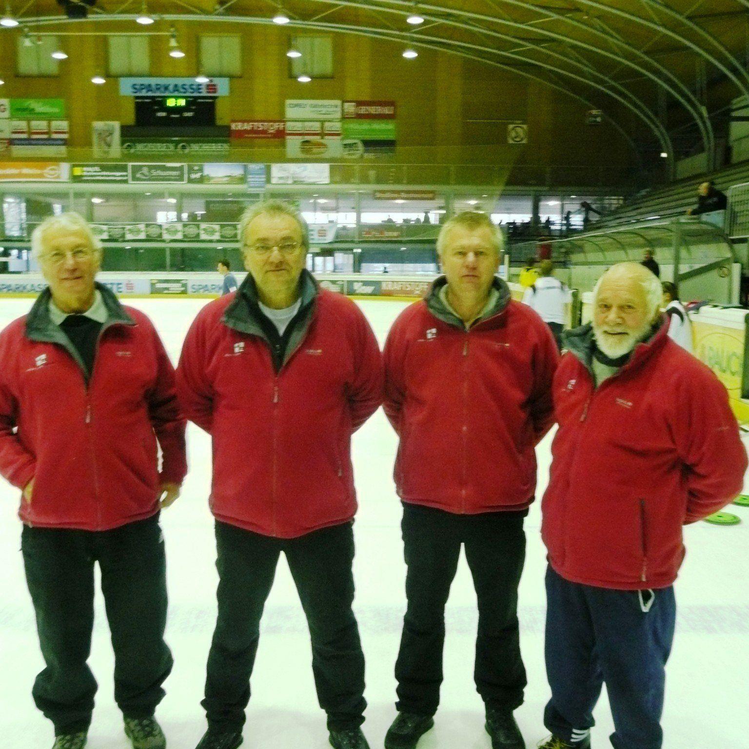 Das Quartett Lampl, Gruber, Rhomberg und Morscher siegten im Ziel Mannschaftsbewerb.