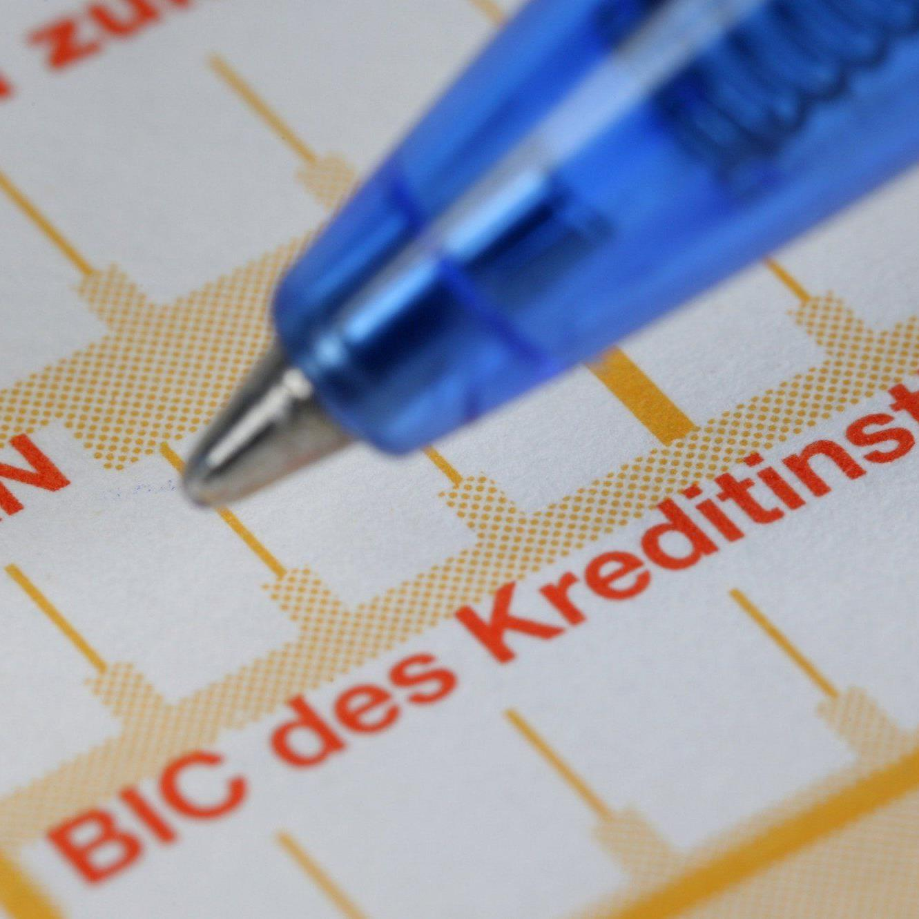 Ab dem 1. Februar 2014 geht es im Zahlungsverkehr nicht mehr ohne IBAN und BIC.