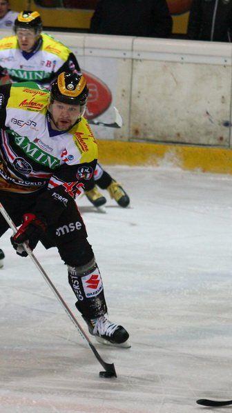 Der Tscheche Martin Tomasek schoss in Maribor zwei Tore und rettete die VEU ins Penaltyschießen.