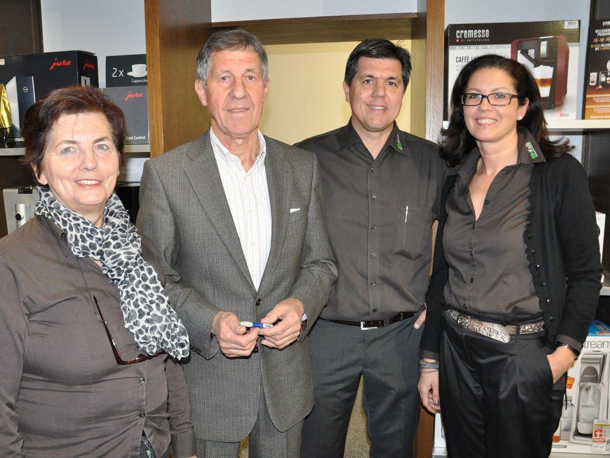 Heidi und Hermann, Günther und Sonja Kolb begrüßten bei der Hausmesse.