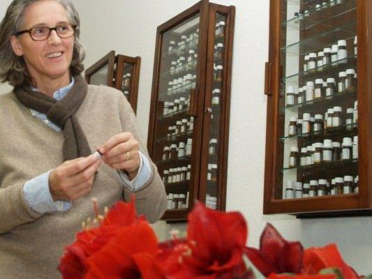 Elisabeth Majhenic ist Therapeutin und Dozentin für klassische Homöopathie