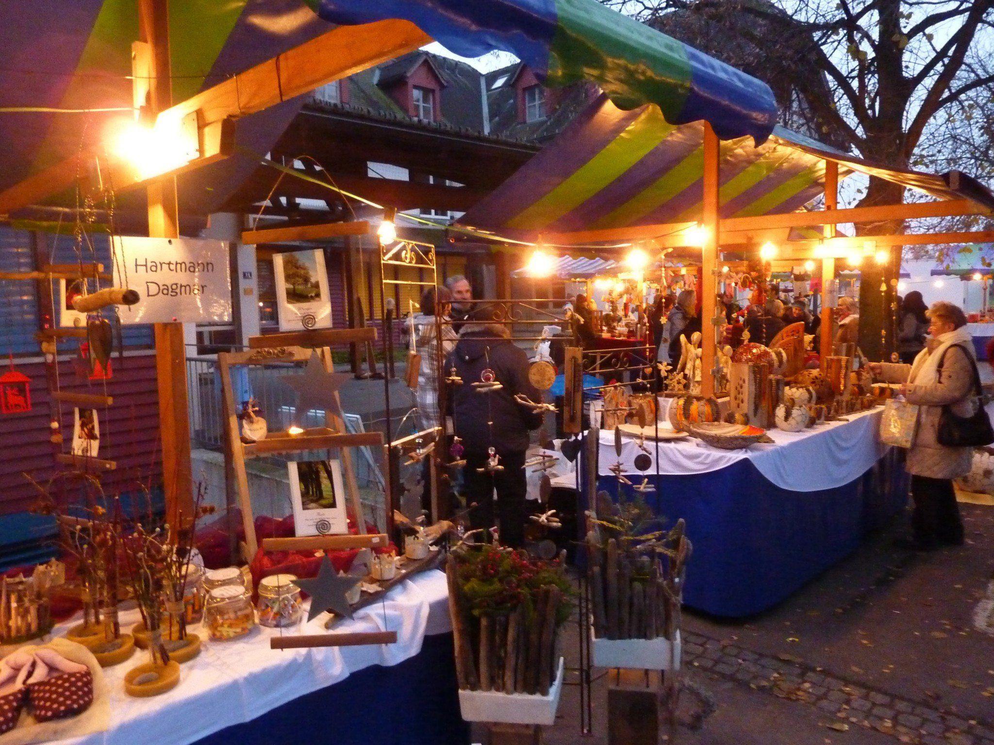 """Abendstimmung beim """"Bsundriga Markt"""" 2012"""
