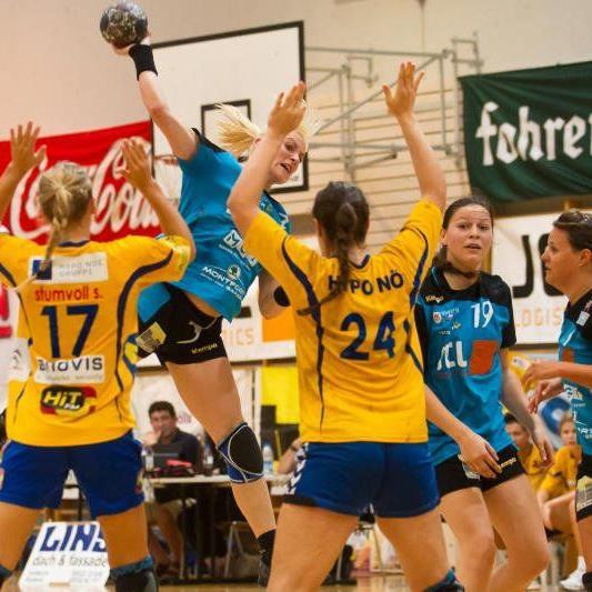 Dank Martina Strmsek feierte die Damenmannschaft des HC BW Feldkirch einen klaren Heimsieg.
