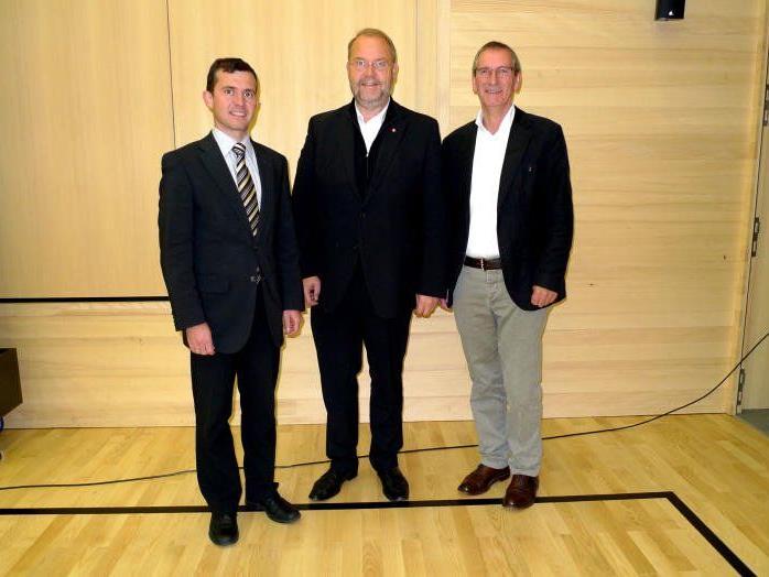 Regio-Obmann Werner Müller (Mitte) mit Stellvertreter Martin Summer und seinem Vorgänger Josef Mathis.