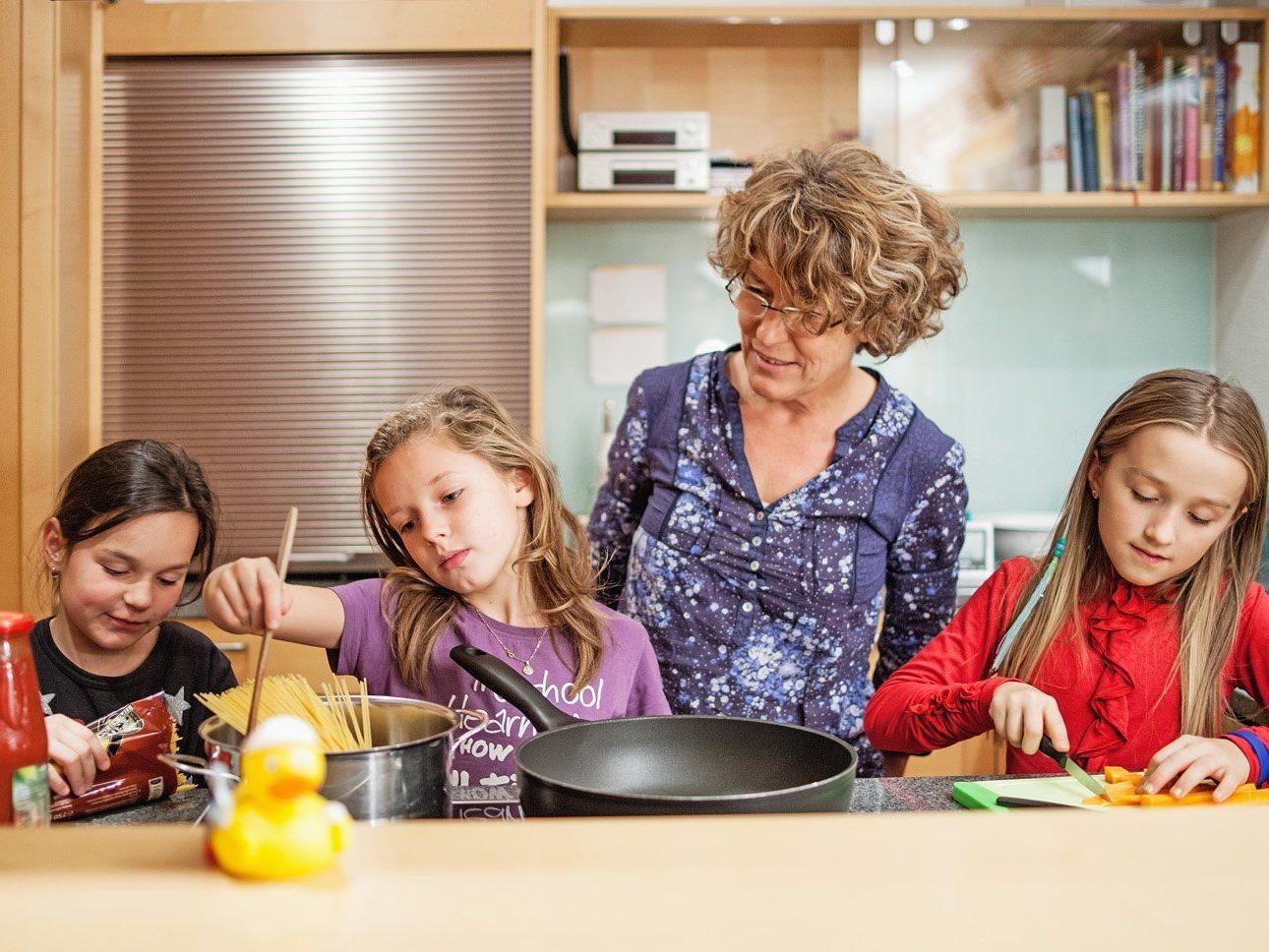 """Die gemeinsame Freizeitgestaltung ist nur eine Möglichkeit, sich beim """"Netz für Kinder"""" zu engagieren."""