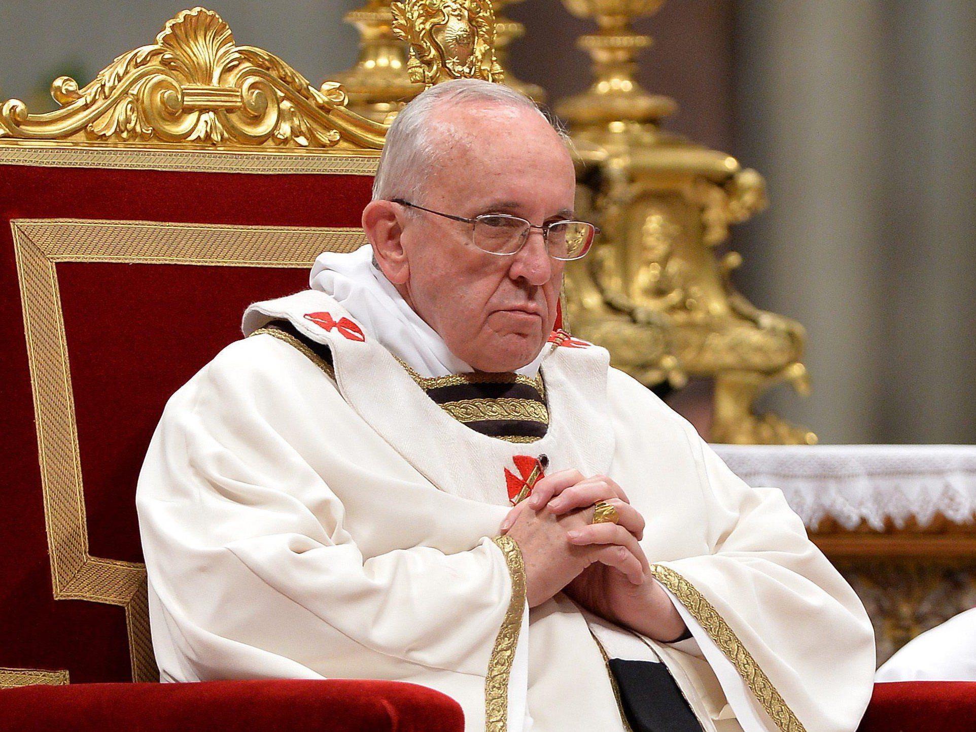 Am 24. Dezember feierte Papst Franziskus seine erste Christmette.