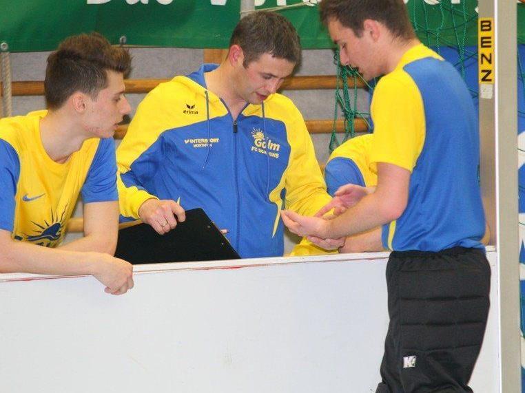 Schruns-Tormann Tobias Künk verletzte sich beim Masters in Wolfurt, Claudio Wachter musste dann rein.