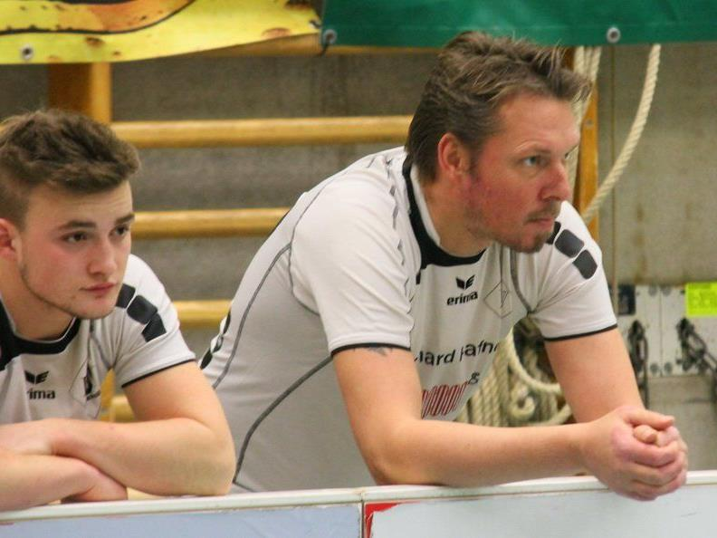 RW Rankweil-Präsident Ulli Bischoff spielt im 1b-Team mit und unterstützt die jungen Kicker.