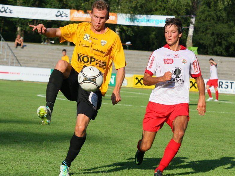 Der Alberschwender Lukas Jäger spielt bis 2016 beim SCR Altach.
