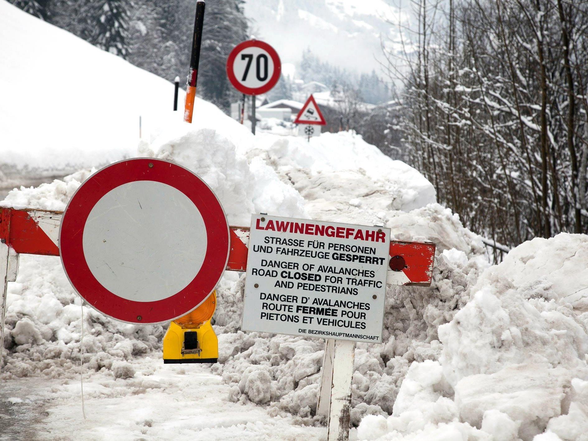 Vollsperre der Lechtalstraße sorgt für Unmut im benachbarten Tirol.