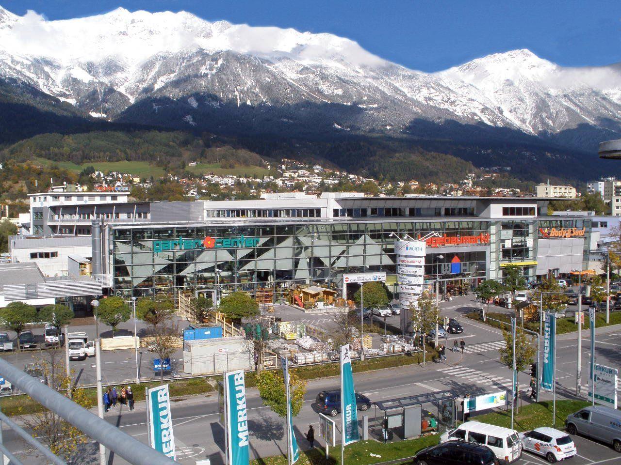 Einer der sieben Baumärkte der Würth Hochenburger GmbH in Innsbruck.