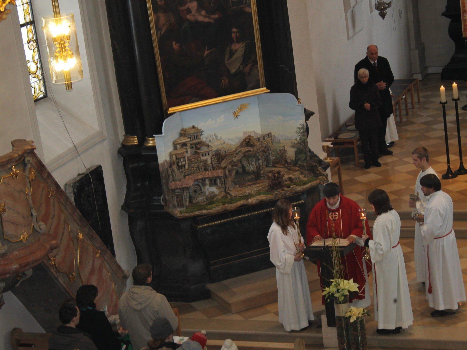 In der Pfarrkirche Ludesch wird eine festliche Adventfeier geboten