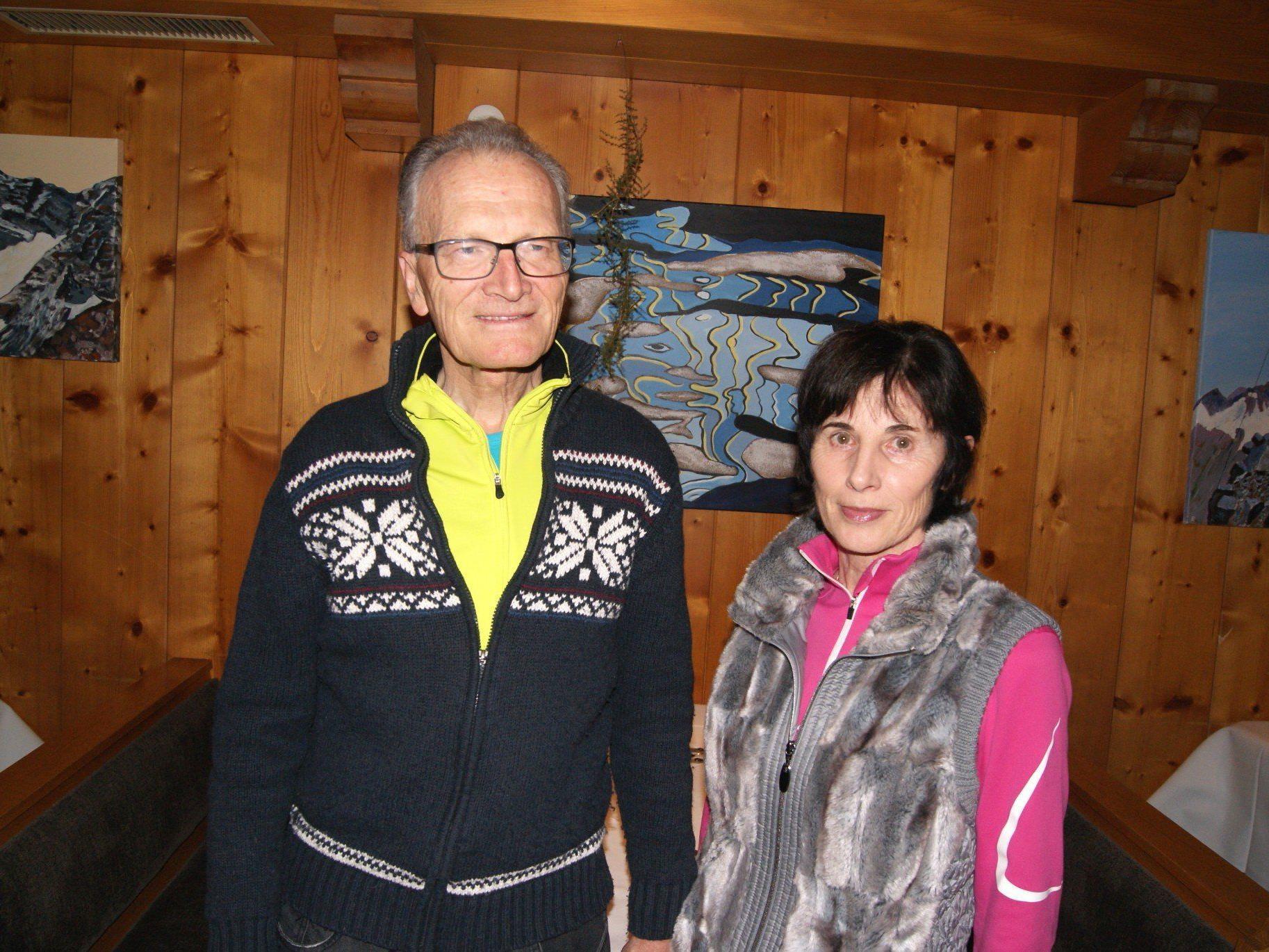 Wilfried und Waltraud Dür bei der Ausstellungseröffnung im Hotel Saladina