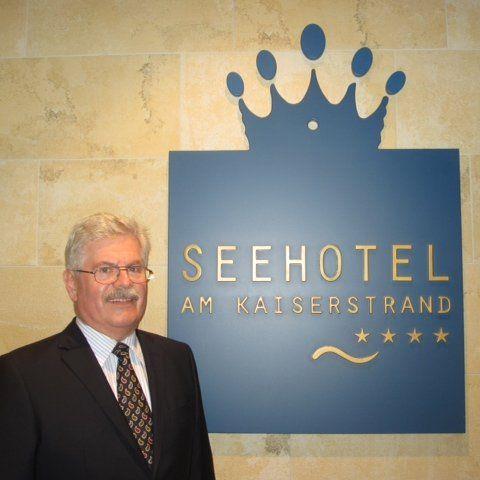 Gustav Kärner ist seit Mitte Dezember der fünfte Direktor im Strandhotel.