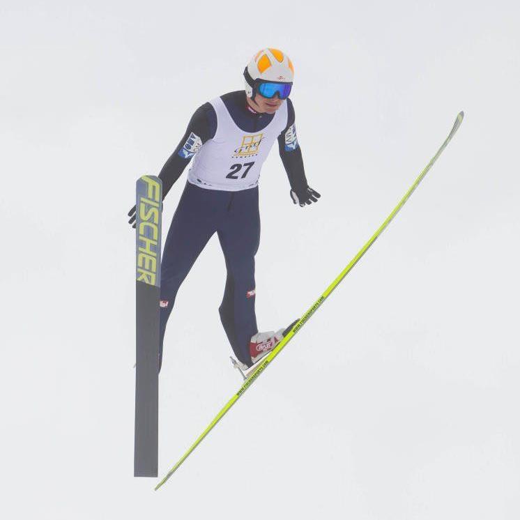 Der Dornbirner Skispringer Patrick Streitler gewann zwei Bewerbe und führt in der Gesamtwertung.