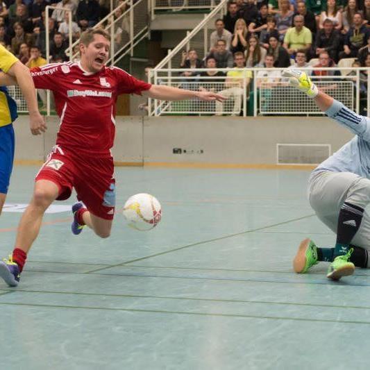 Meiningen und Thüringen sind im Masters Halbfinale und haben viele Fans mit dabei.