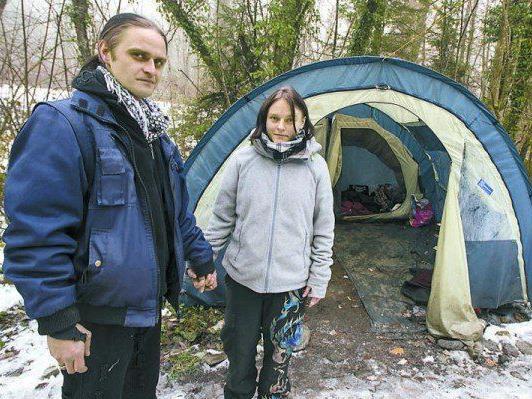 Die Hoffnung hatten sie nie aufgegeben, nun das Happy End: Für Bettina und Markus wurde eine Bleibe gefunden.