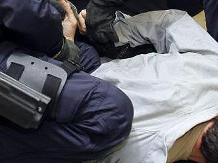Vorwürfe gegen einen Wiener Polizisten.