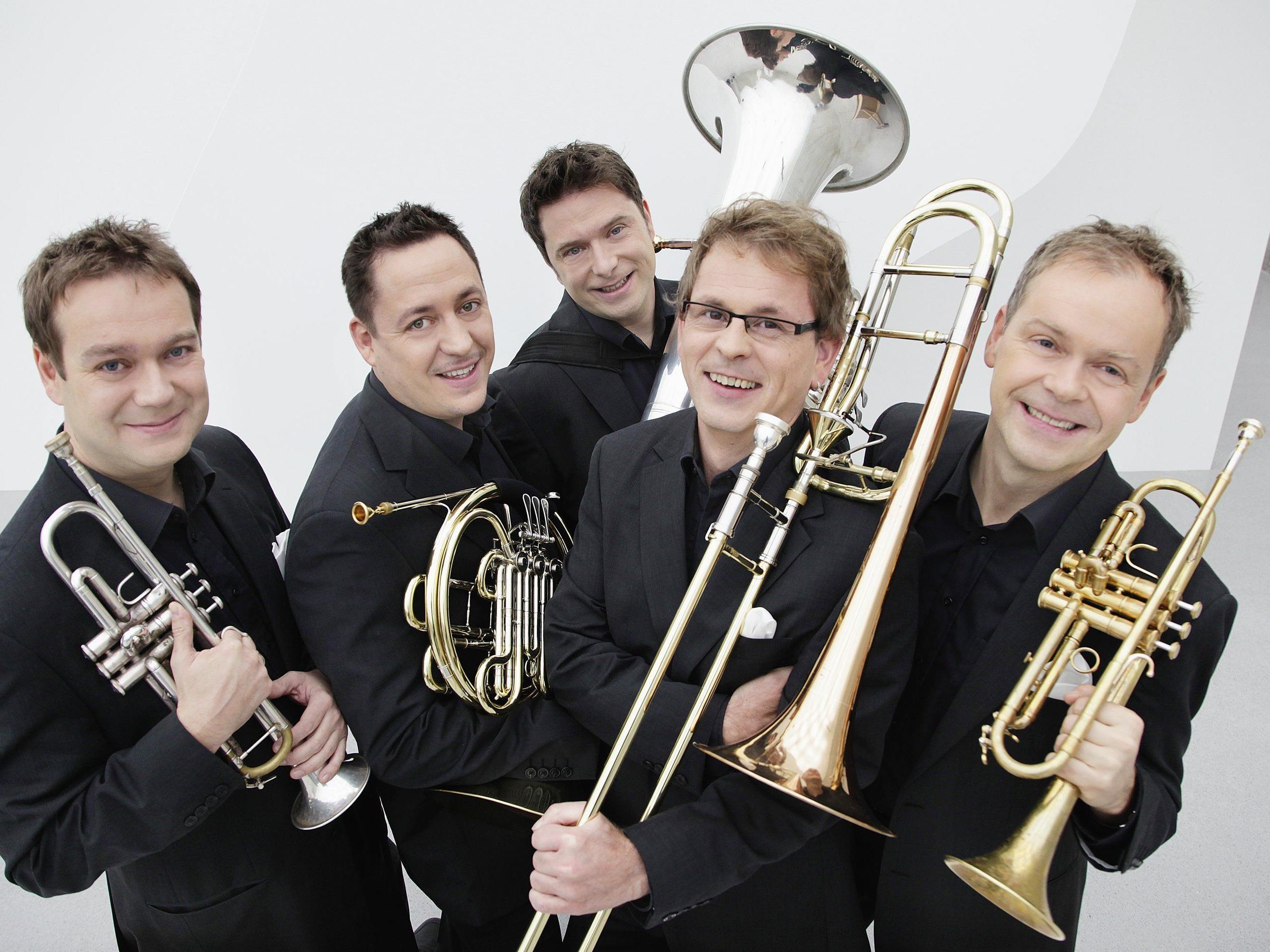 Montag, 23. Dezember - Weihnachten mit dem Sonus Brass Ensemble & Kurt Sternik.