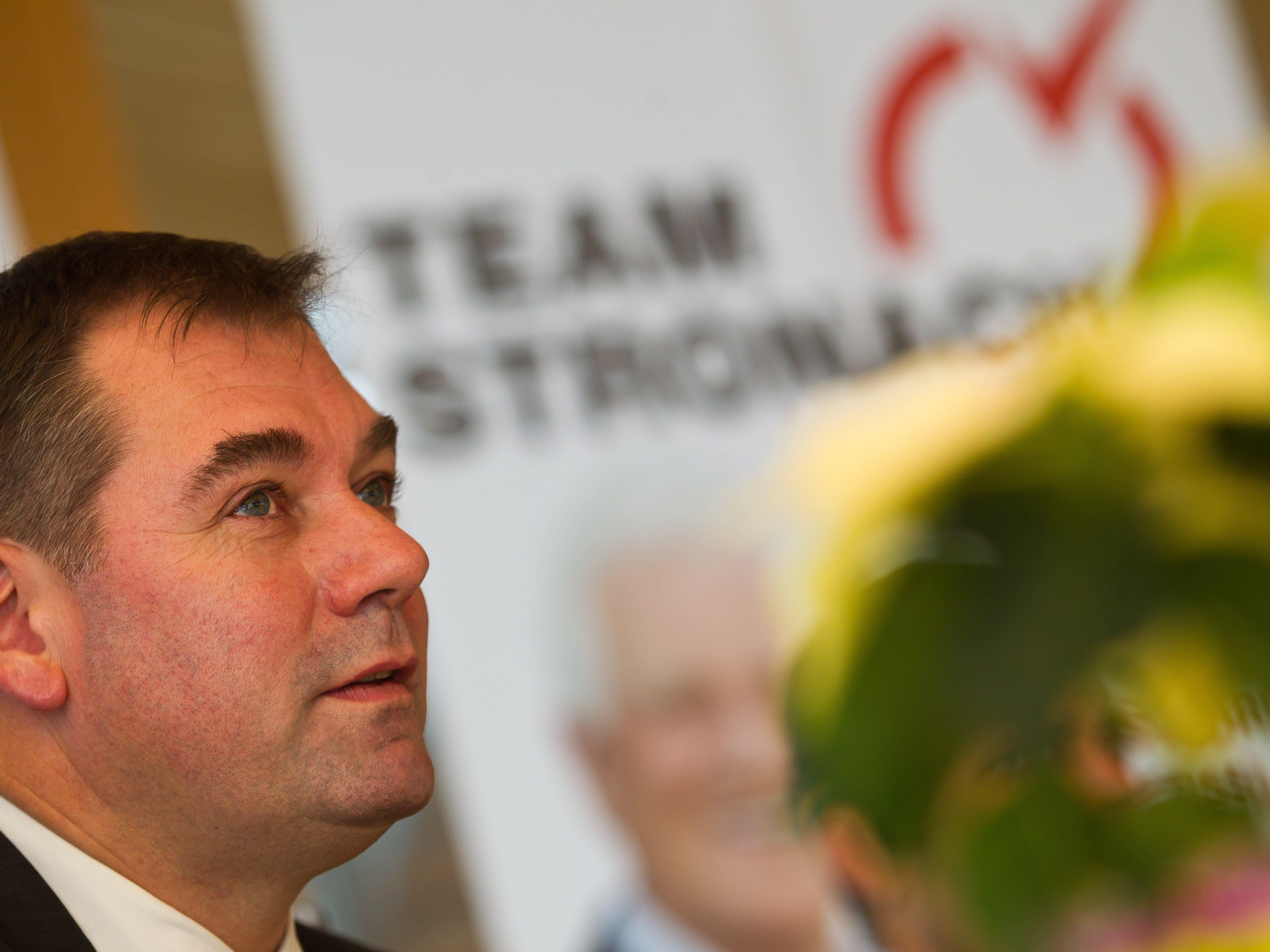 Christoph Hagen hält Frank Stronach die Treue, wenn auch vorerst alleine.