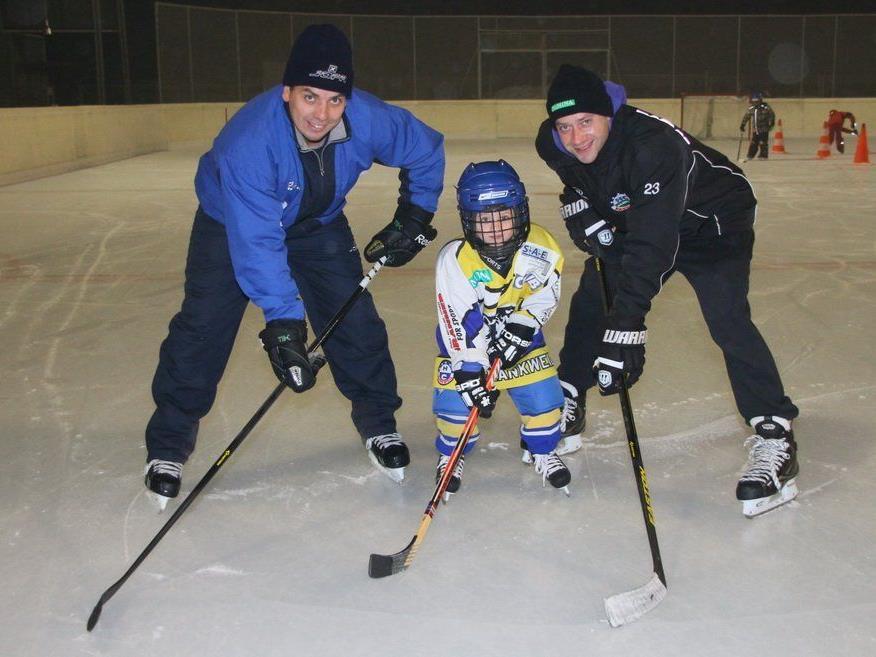 Trainer Michal Kopas und Präsident Philipp Amann mit Sohn David kümmern sich um den Nachwuchs.