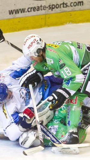 Bregenzerwald gewinnt gegen Kranj knapp mit 2:1 und erfüllt die Pflicht.