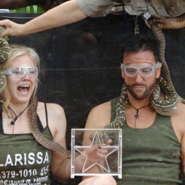 Larissa Marolt und MIchael Wender bestritten die erste Dshcungelprüfung im Dschungelcamp 2014.