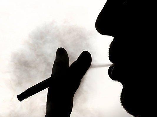 Raucher dürfen Nichtrauchern weiter schaden