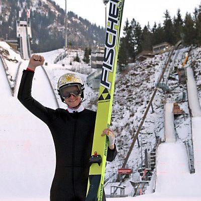 """""""Morgi"""" sprang von der 90-m-Schanze in Oberstdorf"""