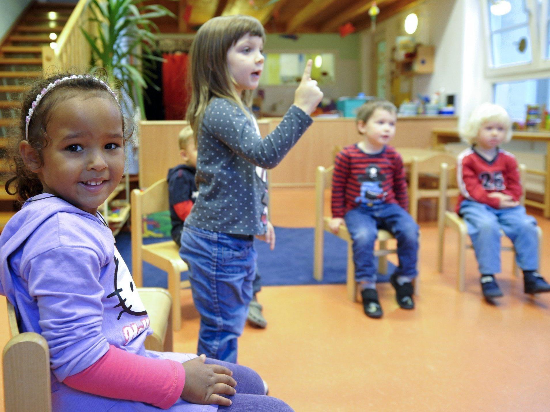 Die Kinderbetreuung als Deutschschule, so der Vorschlag der Logopädin.