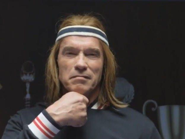 Schwarzenegger erinnert stark an die schwedische Tennis-Legende Björn Borg.