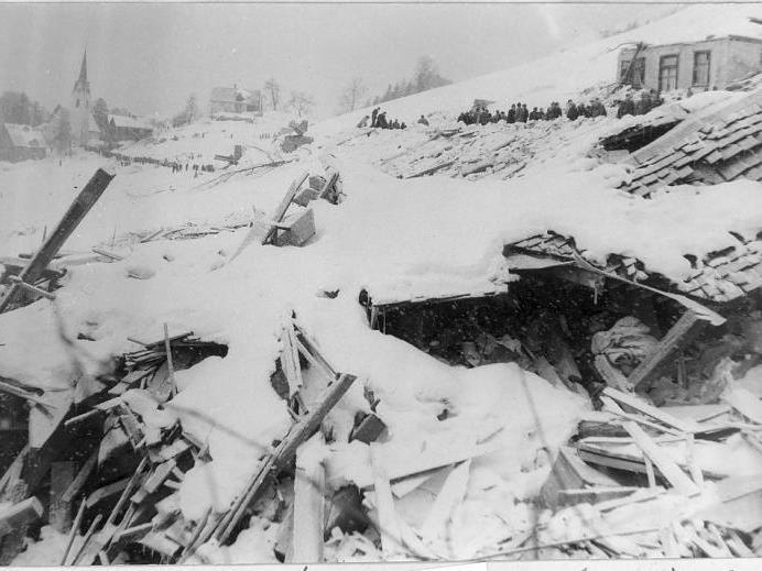 Bei der Lawinenkatastrophe in Blons wurden 57 Menschen getötet.
