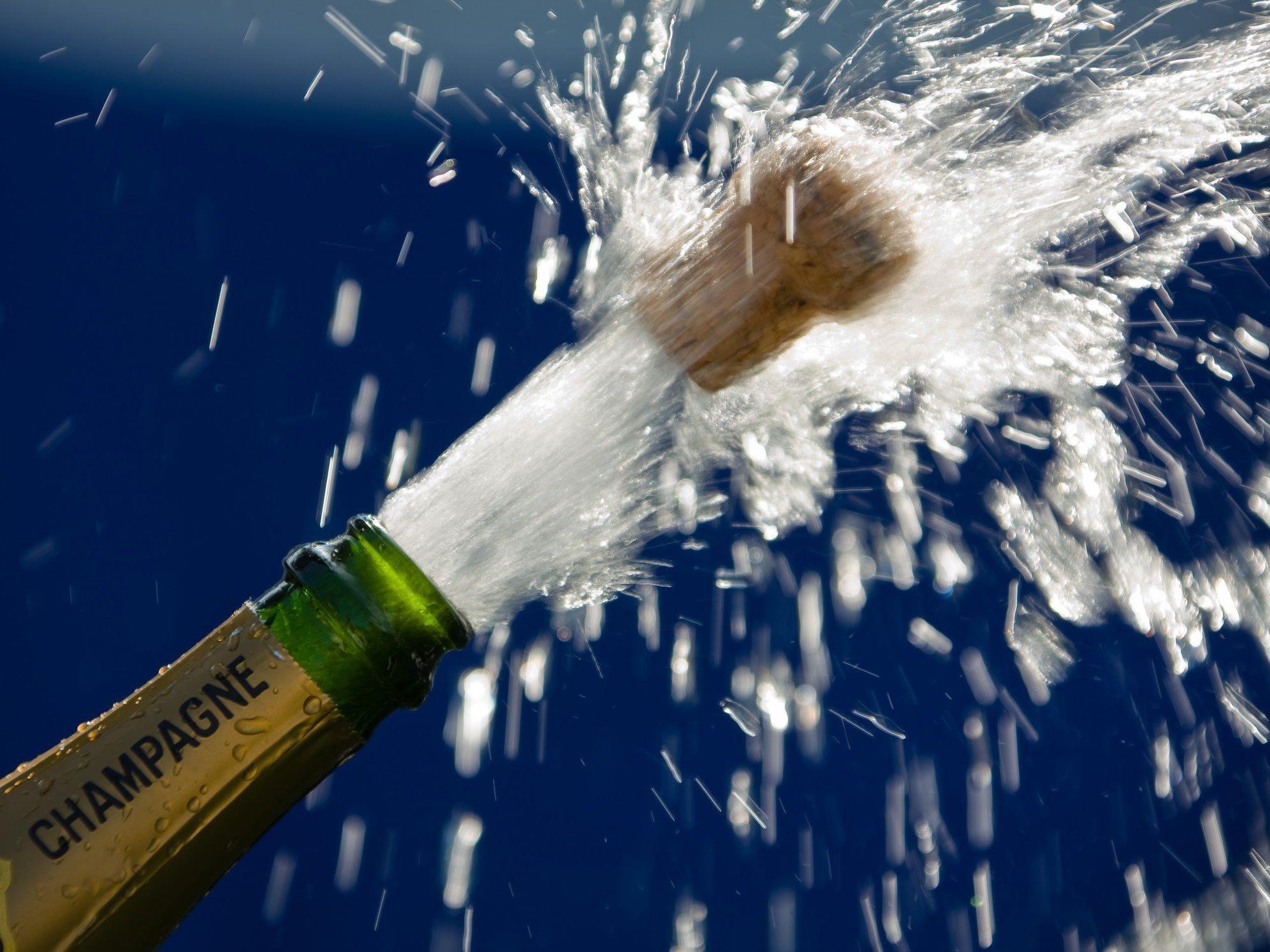 Statt dem ursprünglich geplanten Bier floss der Champagner.