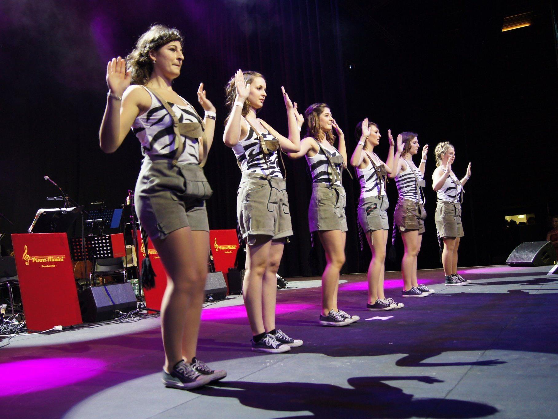 Musik, Tanz und Showeinlagen: Beim Maturaball der HTL war für jeden etwas dabei!
