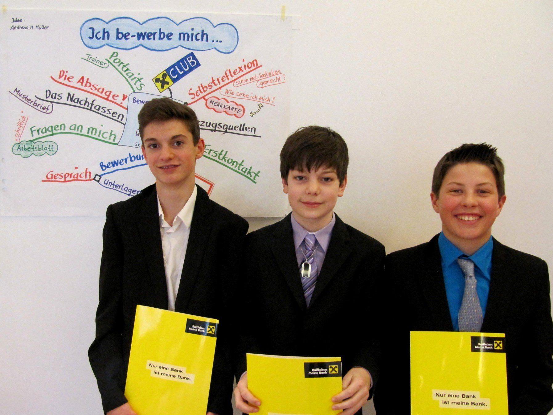 Professionelles Raiffeisen-Bewerbungsseminar für die 4. Klassen der Vorarlberger Mittelschule Hörbranz.