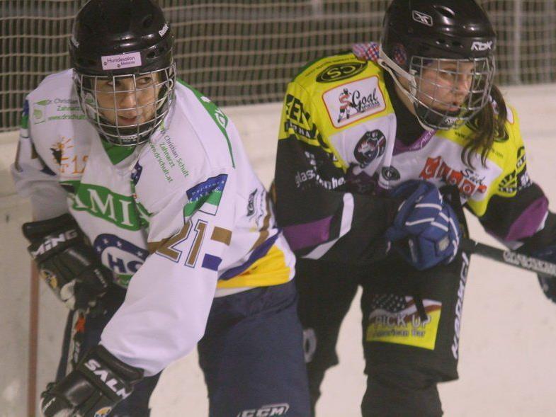 Kapitänin Elke Mähr feierte mit Rankweil gegen VEU Hockey Chicks einen 2:0-Heimsieg.