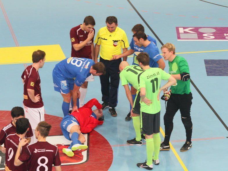 Viele kurze Unterbrechungen gab es in den Halbfinalspielen der Gruppe 2.