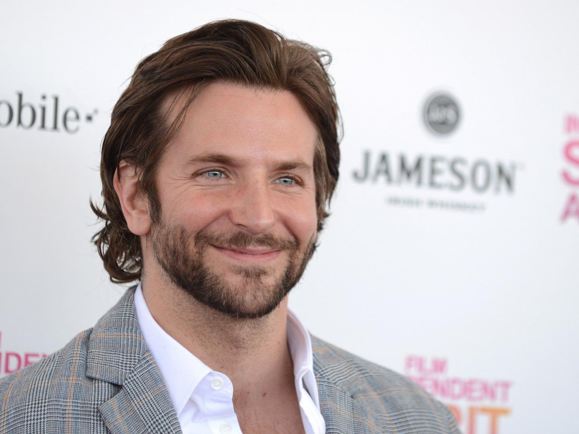 """Bradley Cooper wird im Theaterstück """"Elefantenmenschen"""" mitspielen."""