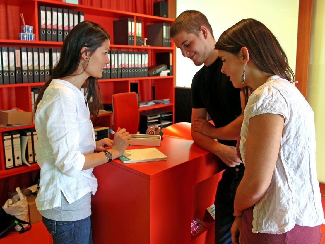 Das Jugendinformationszentrum Vorarlberg ist für Jugendliche und ihre Anliegen da.