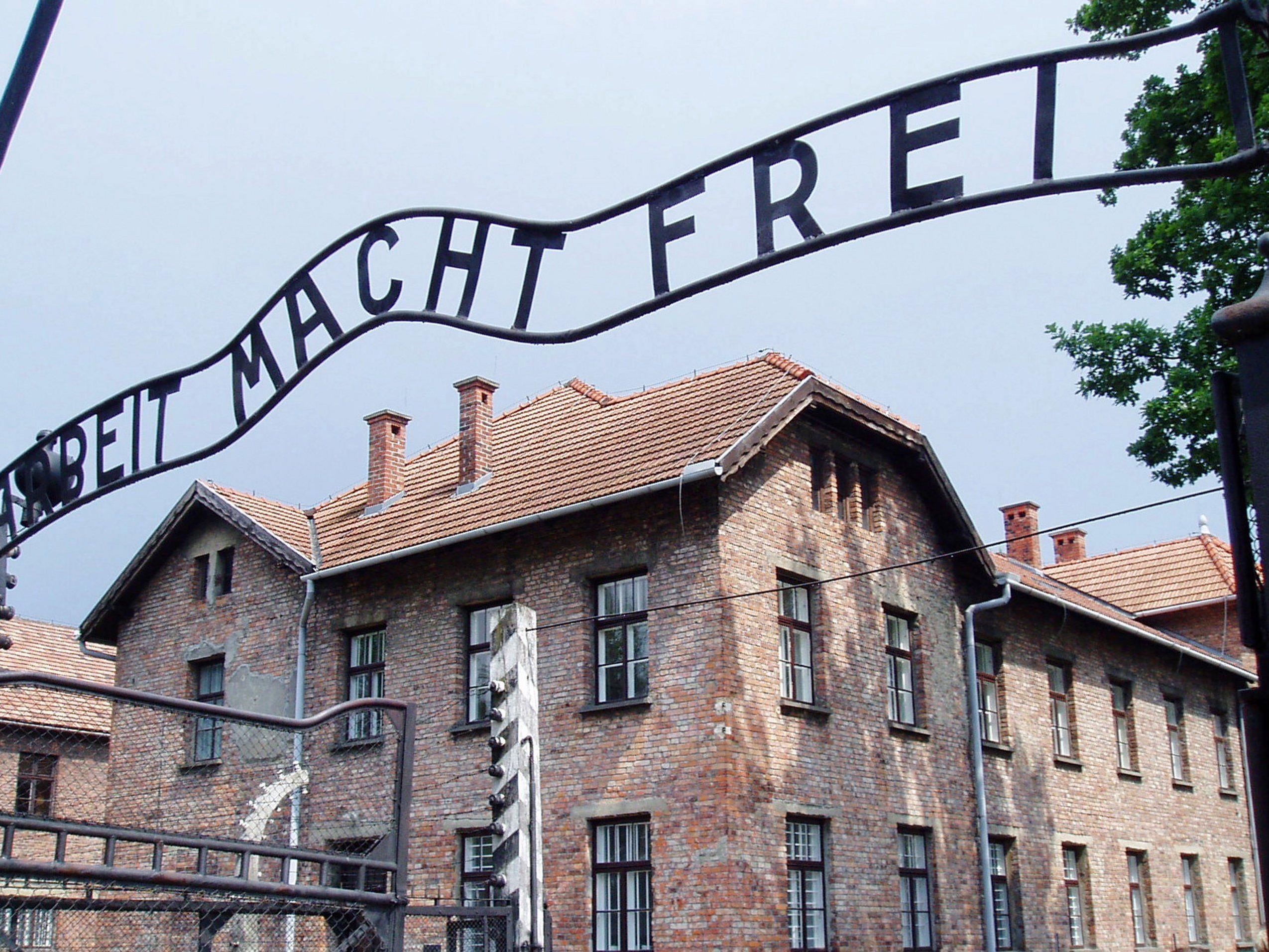 Christliche Kirchen in Österreich plädieren für offiziellen Holocaust-Gedenktag.