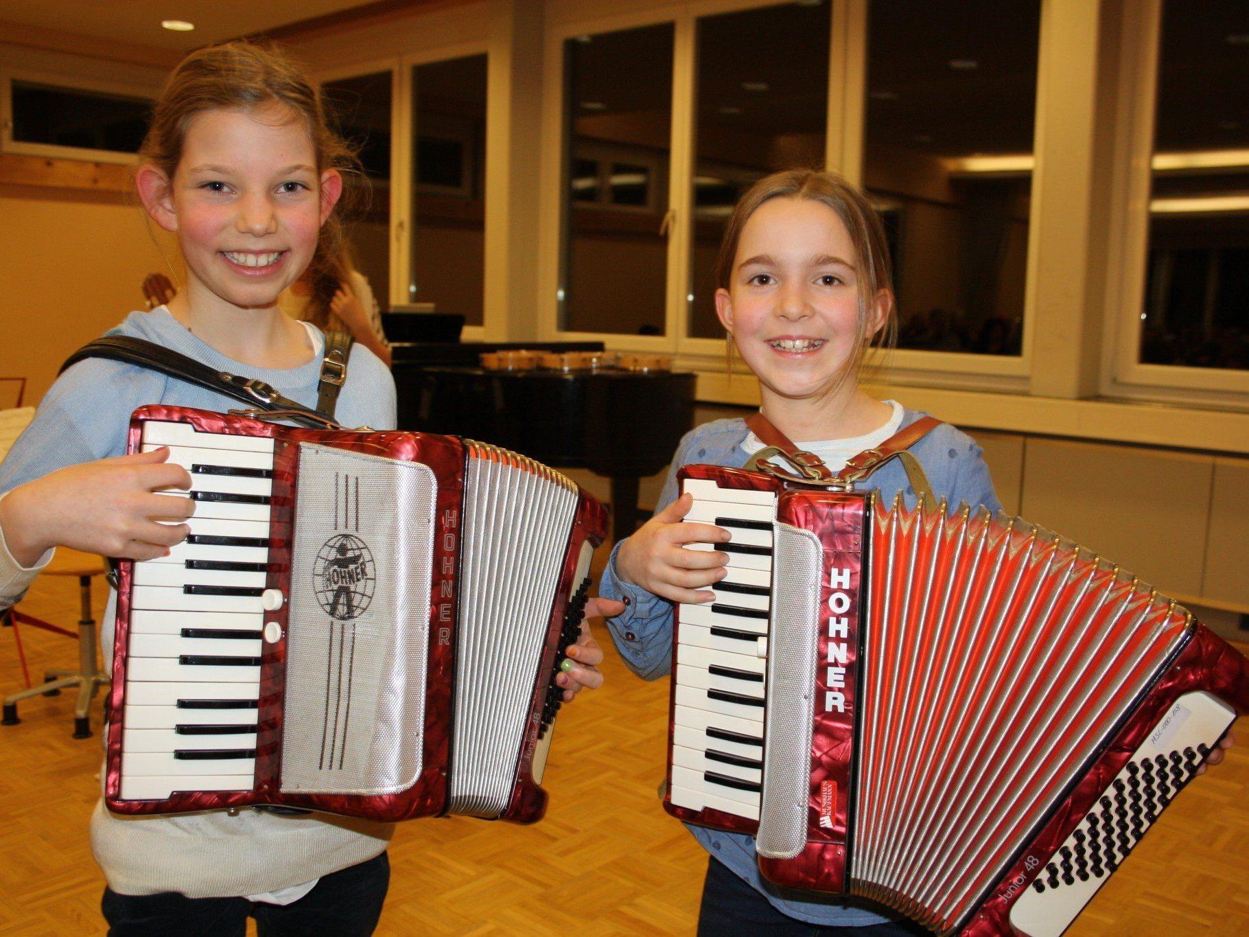"""Die jungen Musikschüler zeigten beim """"Vorspielabend"""" in Lochau, was man in den vergangenen Monaten wieder gelernt hatte."""