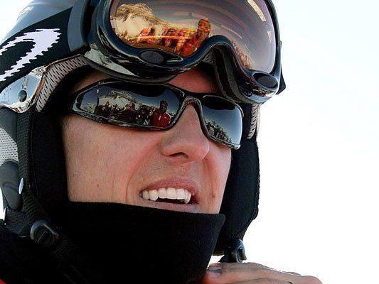 Nach dem schweren Skiunfall von Michael Schumacher, stieg der Verkauf von Skihelmen rasant an.