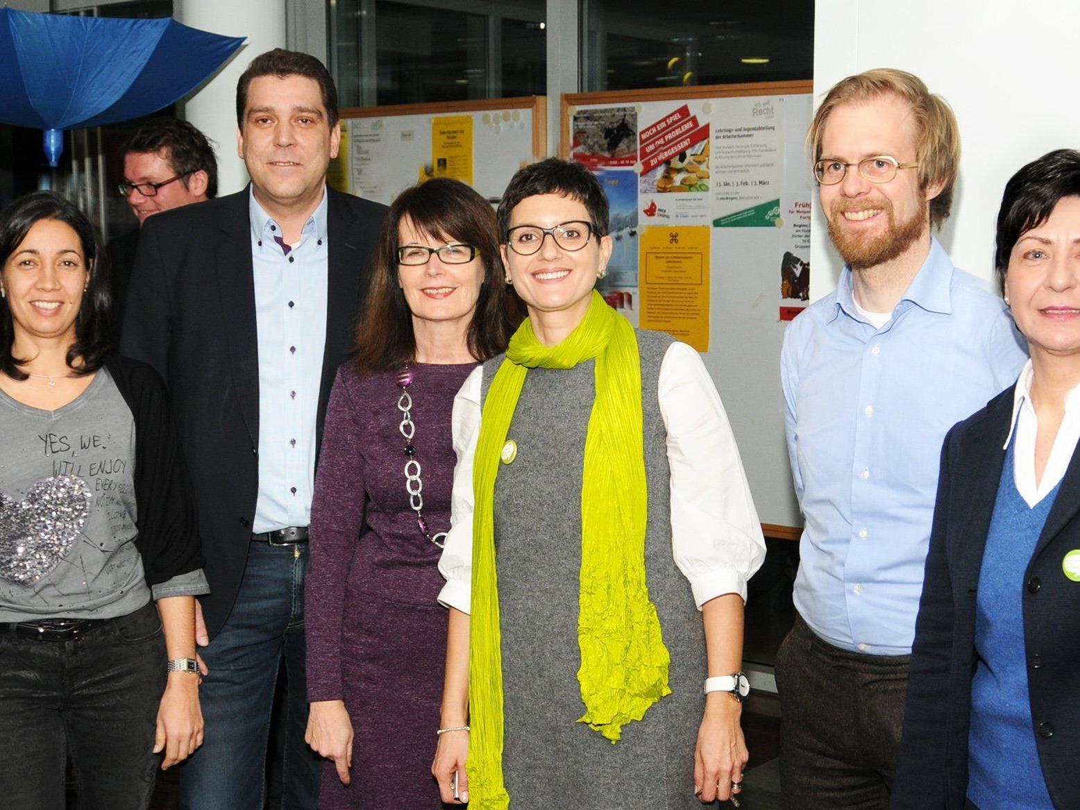 Michaela Blum, Bgm. Harald Köhlmeier, Evi Mair, Leila Götze, Dr. Simon Burtscher-Mathis und Rosi Meichenitsch