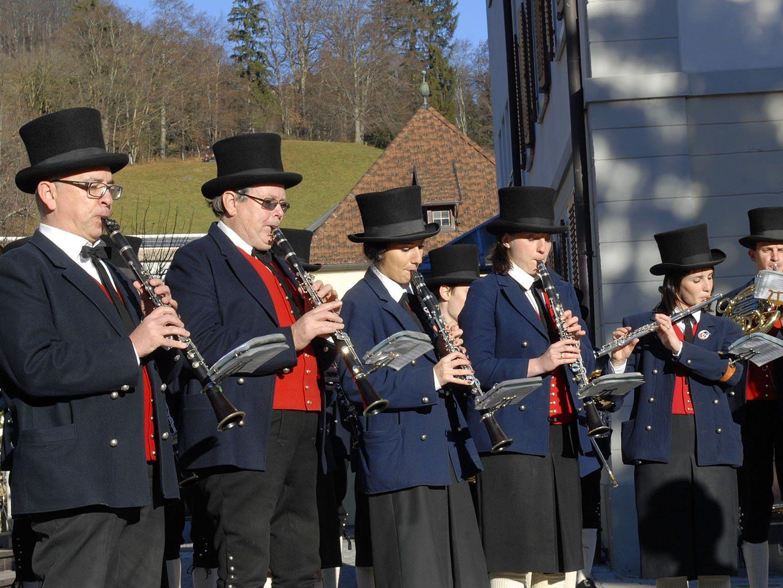 Das Silvesterständchen der Harmoniemusik Schruns hat Tradition.