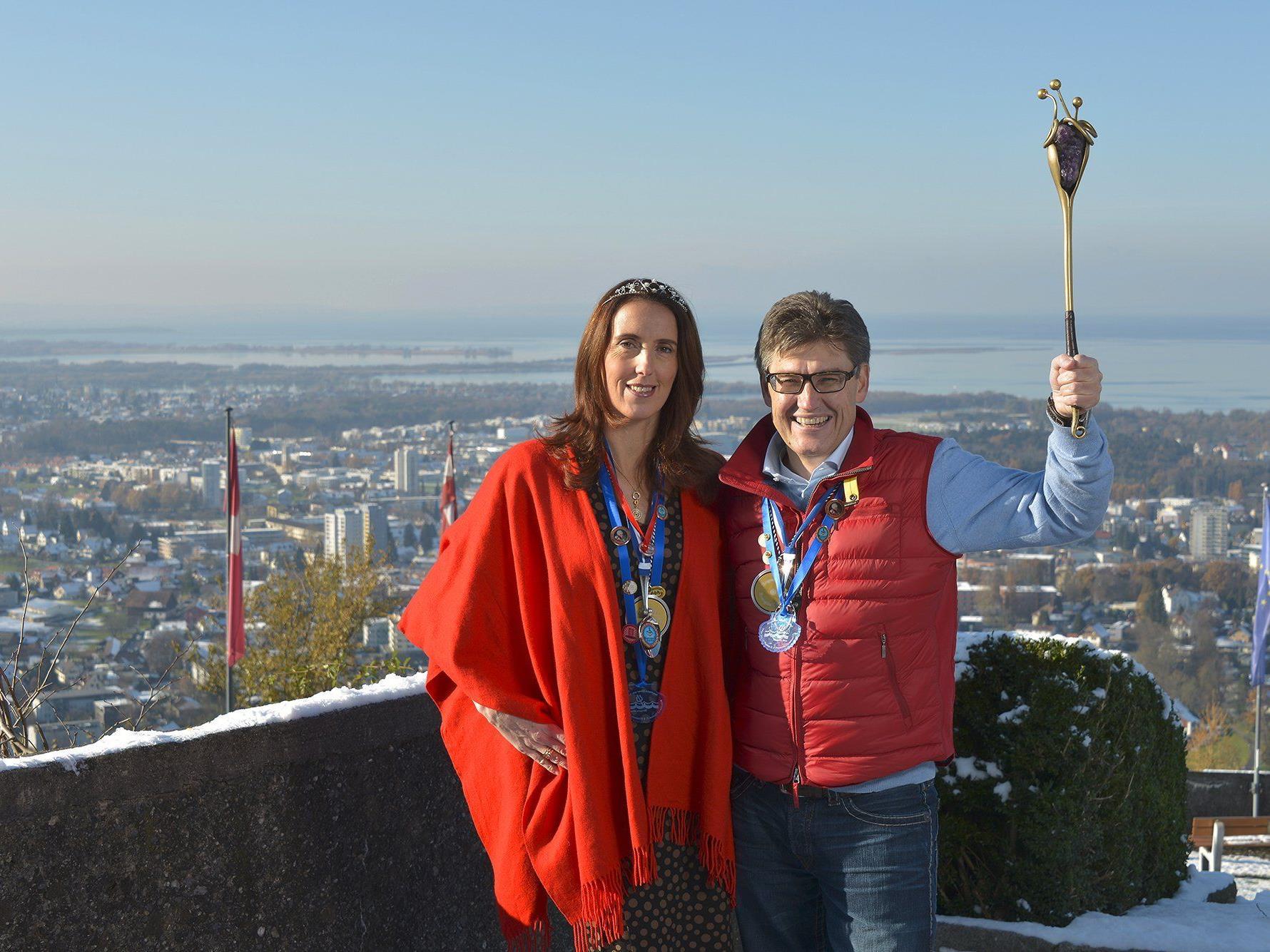 Das Bregenzer Prinzenpaar lädt am Montag, den  6. Jänner, um 15 Uhr zur Wagenweihe auf den Symphonikerplatz.