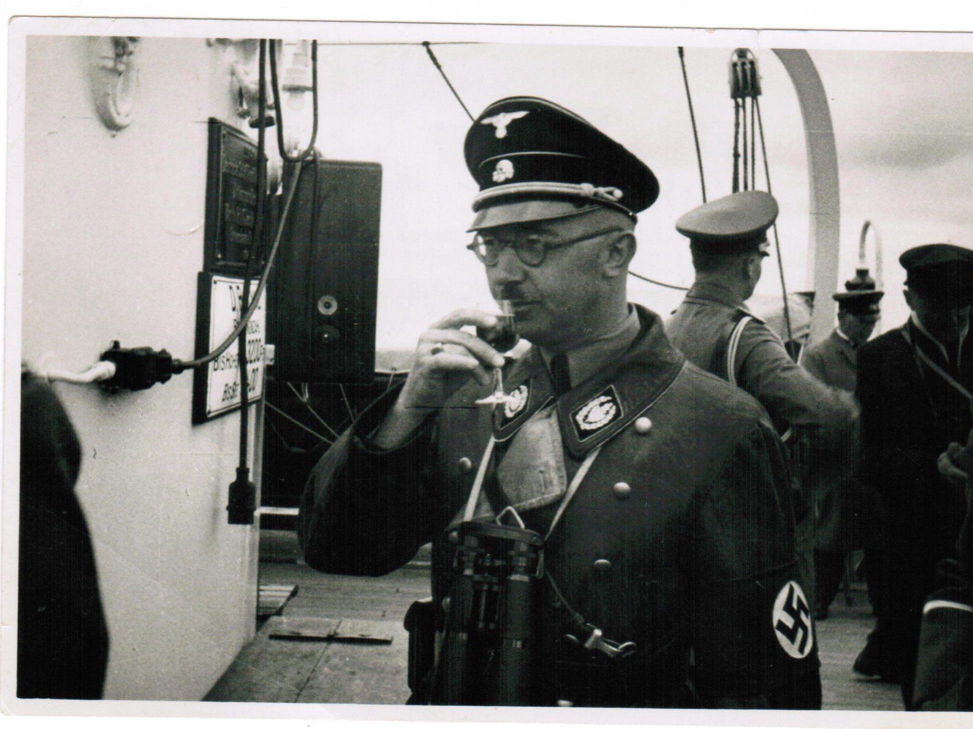 Himmlers Briefe stammen dem Bericht zufolge aus der Zeit von 1927 bis 1945.