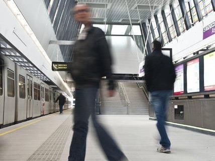 In Wien werden die Hosen in den U-Bahnen noch angelassen.