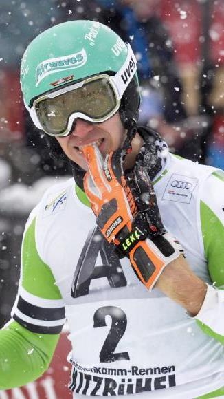 Neureuther gewinnt Slalom in Kitzbühel