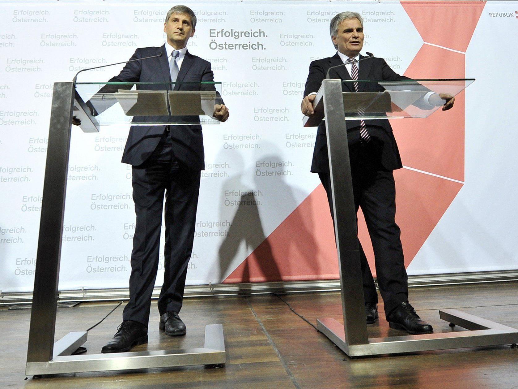 Ergebnisse der Regierungsklausur: Präsentiert wurde in trauter Gemeinsamkeit von Kanzler und Vizekanzler.