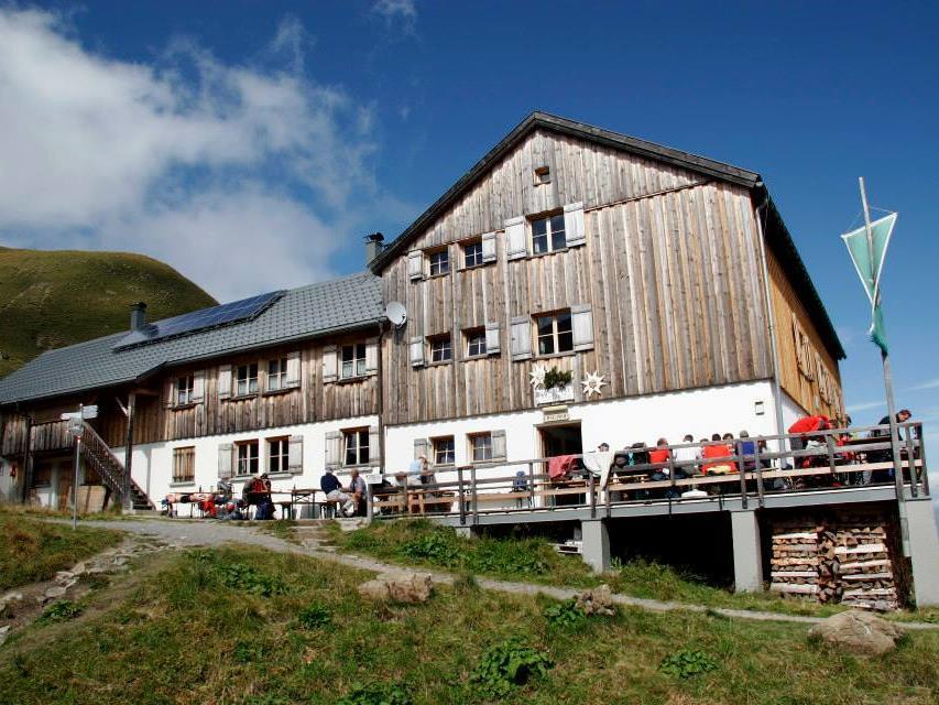 Der Alpenverein Vorarlberg sucht kreative Köpfe, die uns gerne helfen würden, unsere Facebook-Seite mit zu gestalten.